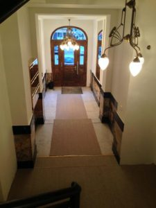 Pariser Straße Treppenhaus