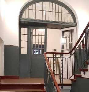 FLT Buch Haus 230