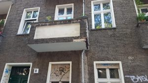 Zachertstraße Balkon vorher